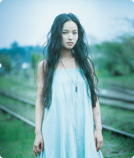 http://yumenokatachi.cowblog.fr/images/Artistes/Japonais/4499653.jpg