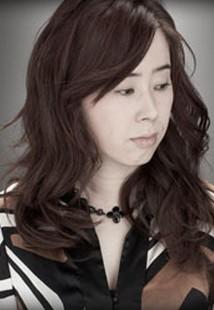 http://yumenokatachi.cowblog.fr/images/Musique/Playlist/YukiKajiura.jpg